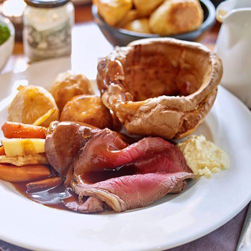 Beef Roast Dinner | Gastropub Maidenhead | Boulters Lock